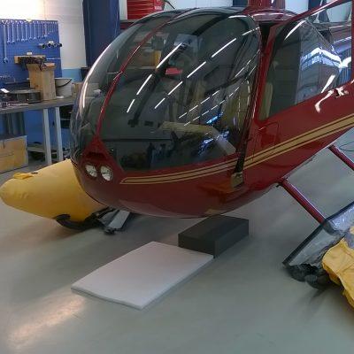 R44 Clipper II - kelluketarkastus